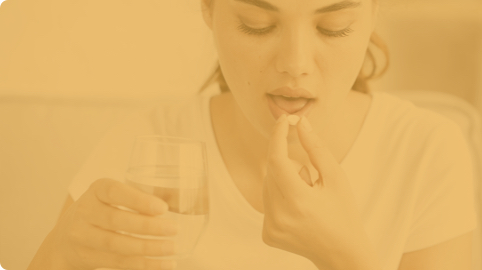 l'utilizzo eccessivo o scorretto di antibiotici, i quali uccidono non solo i batteri cattivi ma anche quelli buoni;